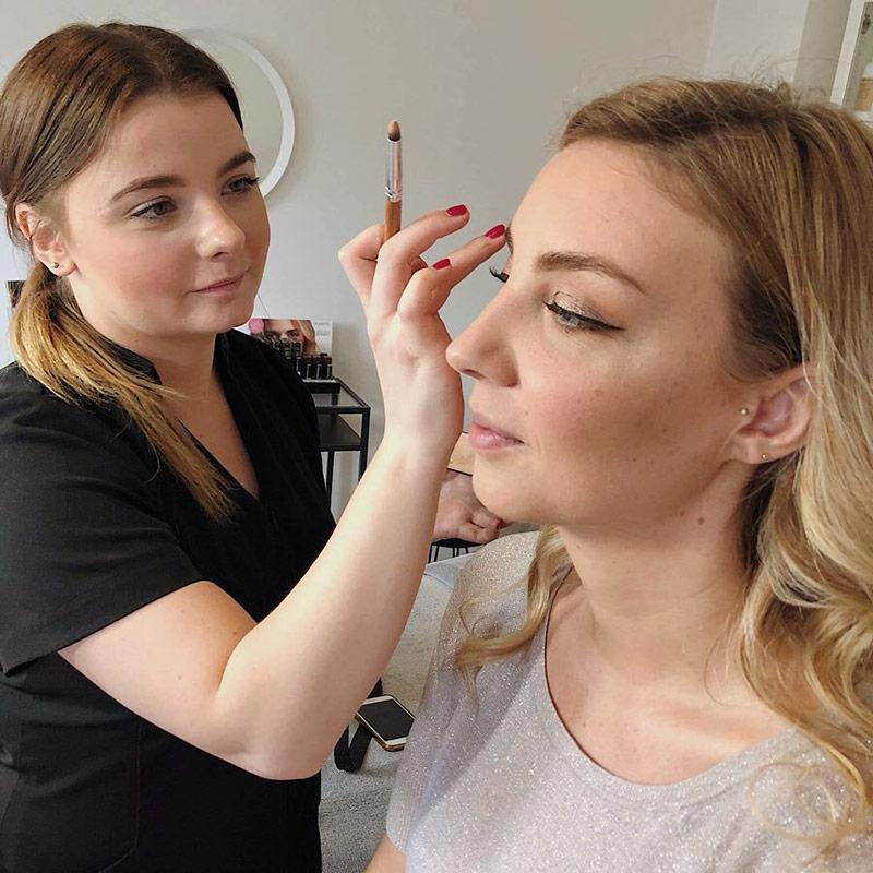 Makeup hos Hasseris Skin Lounge